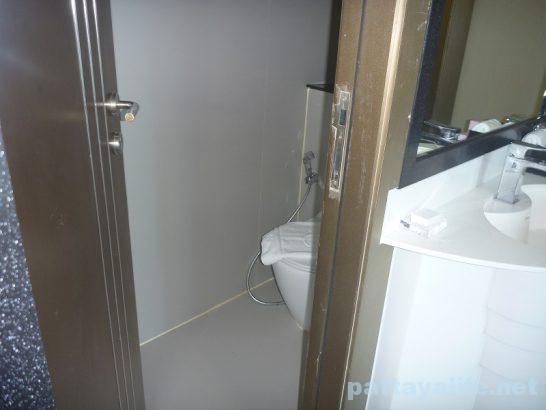 centara-azure-deluxe-room-4