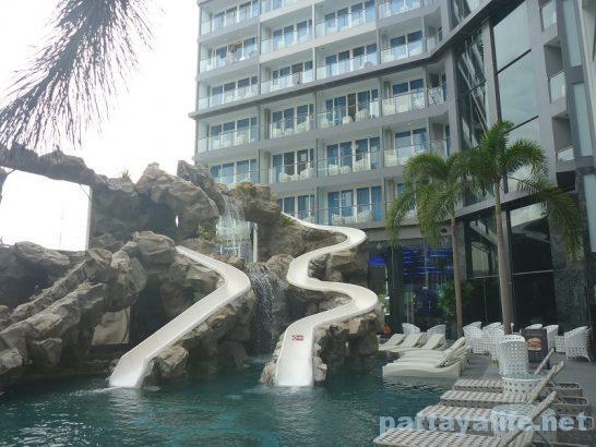 centara-azure-hotel-pattaya-8