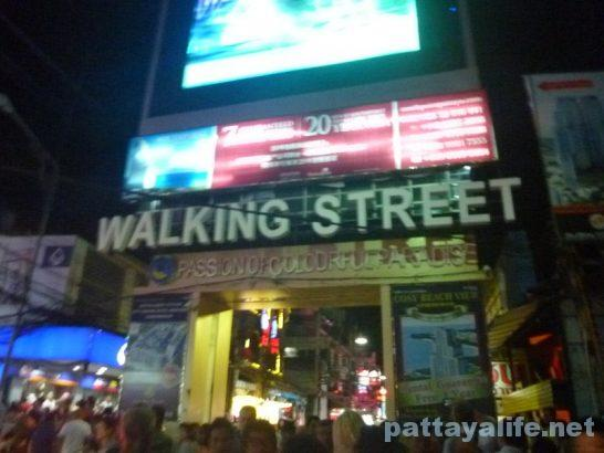 walking-street-new-year-eve-2
