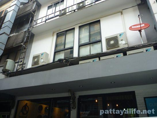 The cube hostel Silom (13)