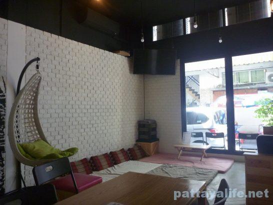 The cube hostel Silom (2)