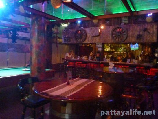 Bar manila (2)
