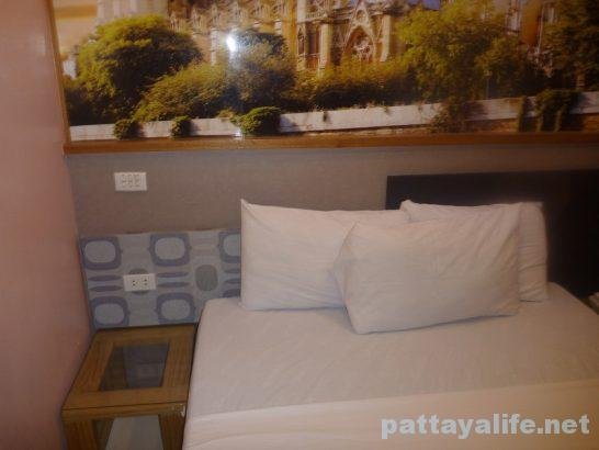 Eurotel angeles room (6)