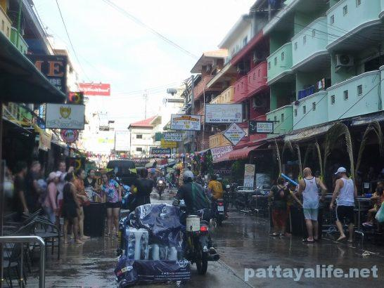 Pattaya Songkran 2017 (6)