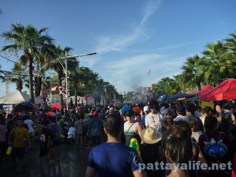 Pattaya Songkran wan rai 2017 (10)