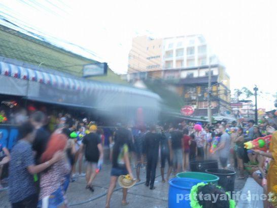 Pattaya Songkran wan rai 2017 (17)