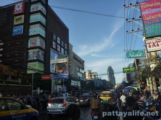 Pattaya Songkran wan rai 2017 (7)
