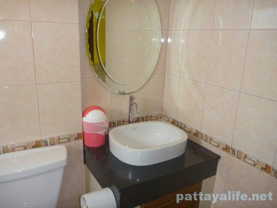 Pintree service apartment pattaya (22)