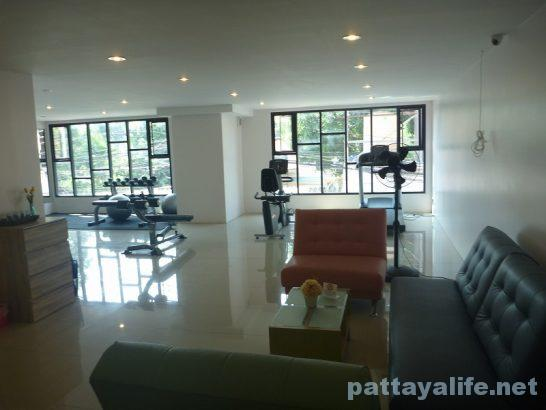 Pintree service apartment pattaya (28)