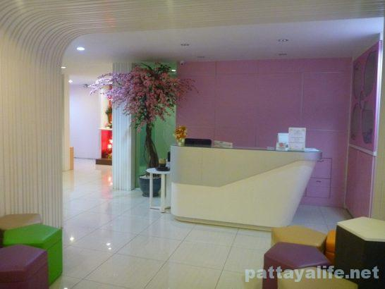 Pintree service apartment pattaya (33)