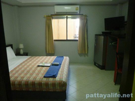 Robin's nest guesthouse pattaya (1)