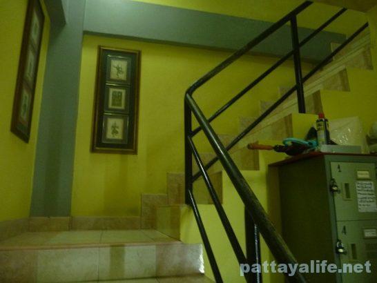 Robin's nest guesthouse pattaya (17)