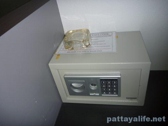Robin's nest guesthouse pattaya (5)