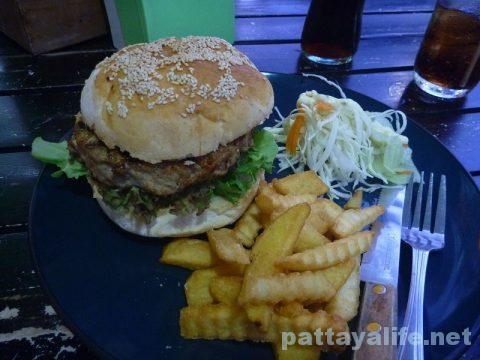 Surprise hamburger サプライスのポークハンバーガー (1)