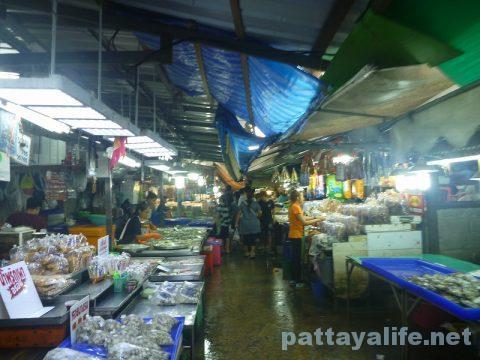 Naklua seafood market (10)