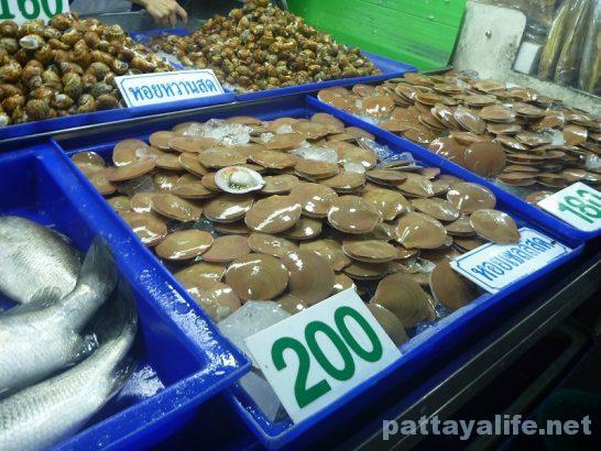Naklua seafood market (11)