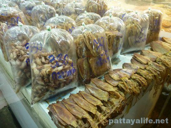 Naklua seafood market (12)
