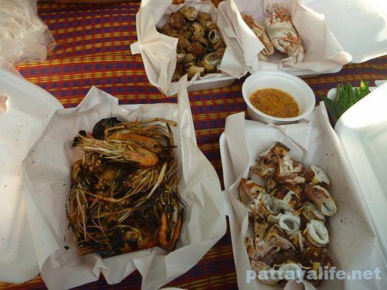 Naklua seafood market (18)