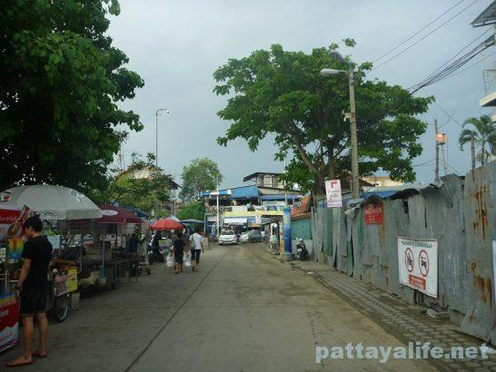 Naklua seafood market (3)