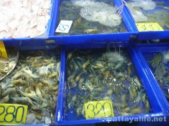 Naklua seafood market (4)