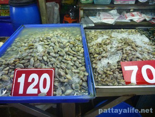 Naklua seafood market (8)