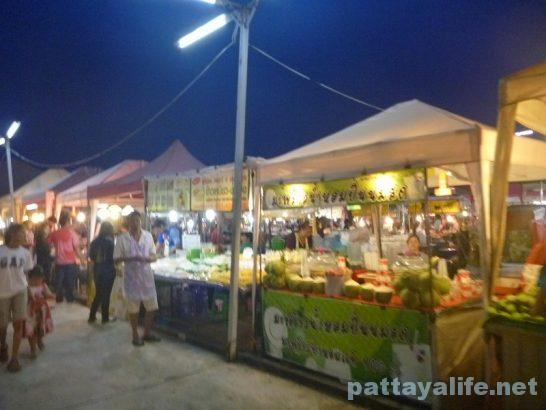 Pattaya Thepprasit night market (2)