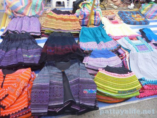 Luang prabang night market (15)