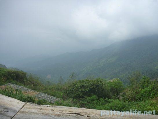 Luangparaban to Vanvieng minivan trip (16)