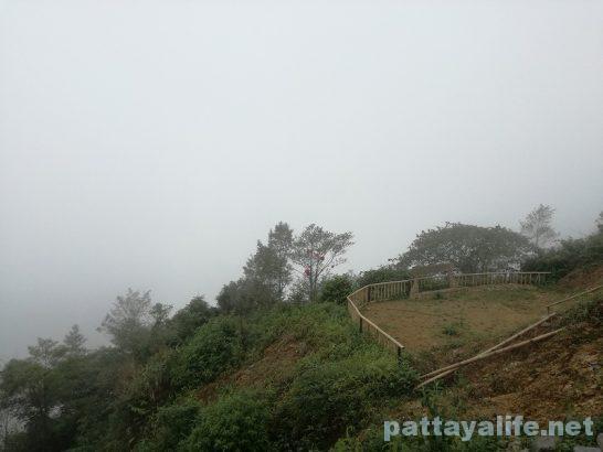 Luangparaban to Vanvieng minivan trip (3)