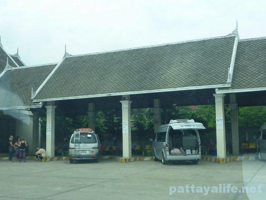 Luangparaban to Vanvieng minivan trip (9)