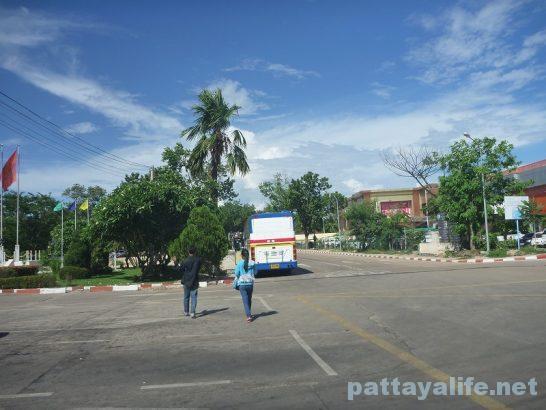 Vientiane to Thailand Bus (7)