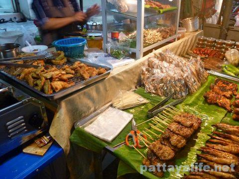 Soi buakhao isaan food vender (1)