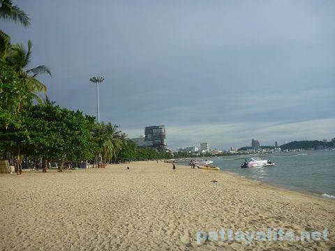 パタヤビーチ Pattaya beach 20170809 (1)