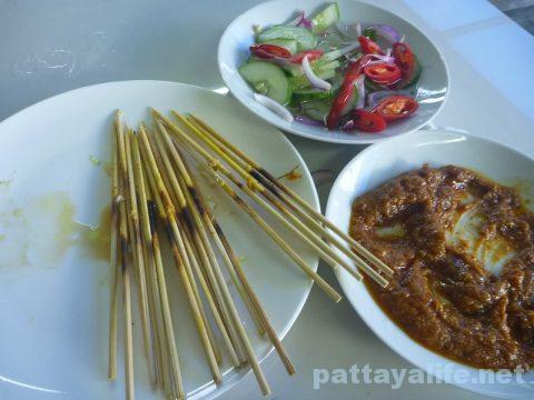 パタヤカンのサテ Satey Pattaya Klang (3)