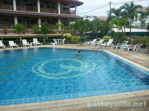 ボススイーツパタヤ Boss suites pattaya hotel (25)