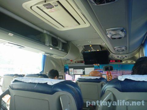 パタヤからスワンナプーム空港経由ドンムアン空港行きバス乗り継ぎ (7)