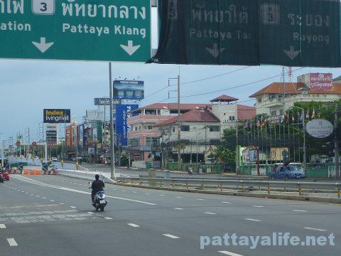 パタヤトンネル Pattaya Underpass (3)