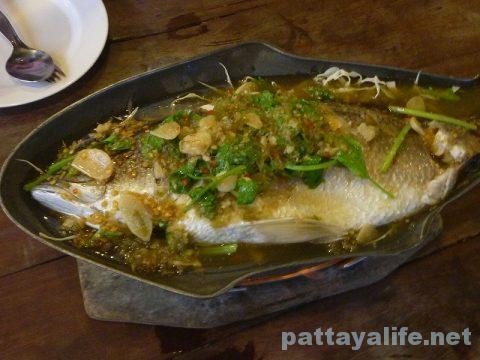 カオトムプラジャンバンの魚プラーサワイ (2)