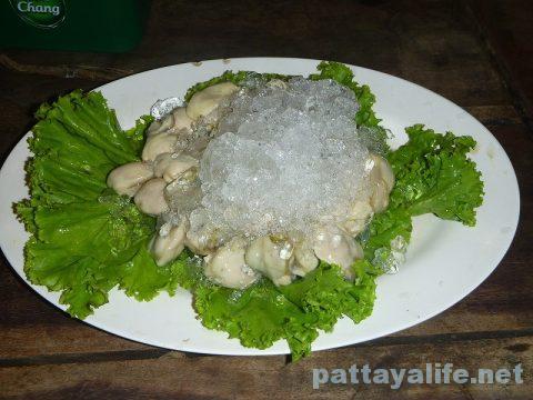 カオトムプラジャンバンの生ガキ牡蠣