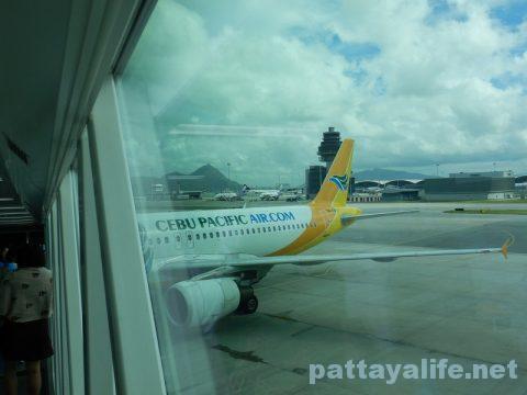 香港からクラーク空港アンヘレスへ (11)