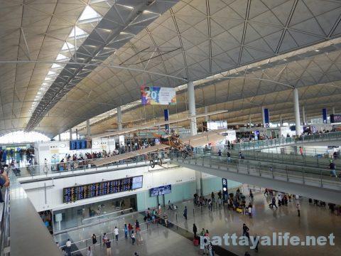 香港からクラーク空港アンヘレスへ (3)