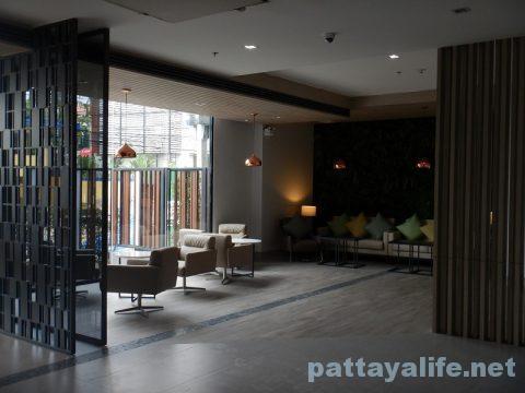 アットマインドエクスクルーシブパタヤホテル (21)