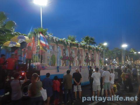 アセアン50周年パタヤビーチパレード (29)