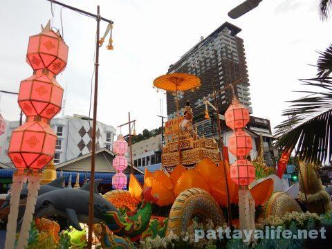 アセアン50周年パタヤビーチパレード (9)