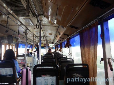 ドンムアン空港からパタヤへバス乗り継ぎ移動 (2)