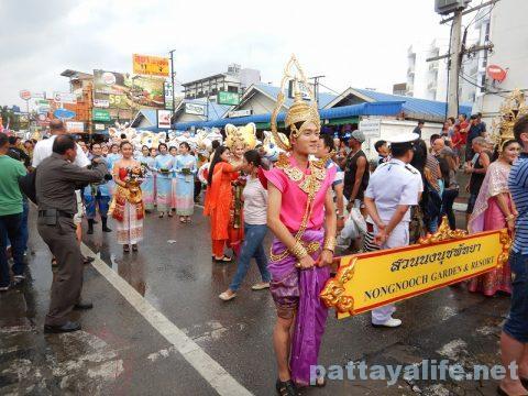 アセアン50周年パタヤビーチパレード (8)