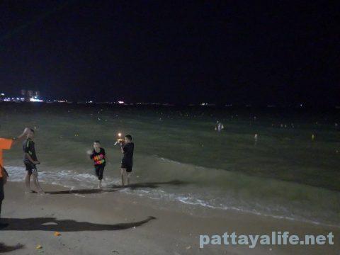 ロイクラトンパタヤビーチ (10)