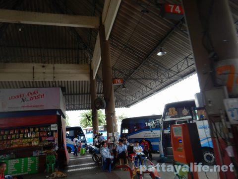 ドンムアン空港からパタヤへバス乗り継ぎ移動 (12)