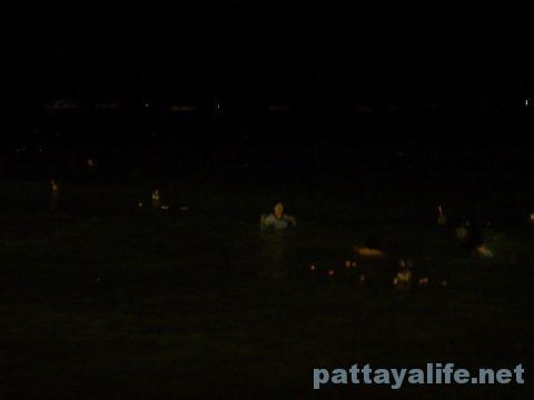 ロイクラトンパタヤビーチ (5)