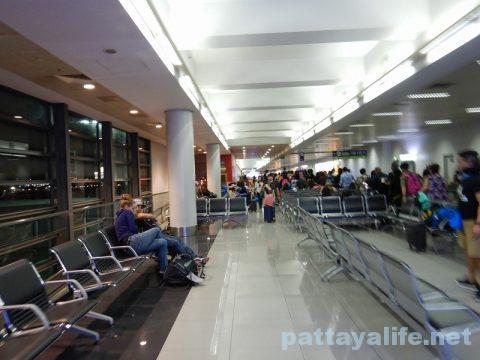 マニラからバンコクセブパシフィック航空搭乗 (17)